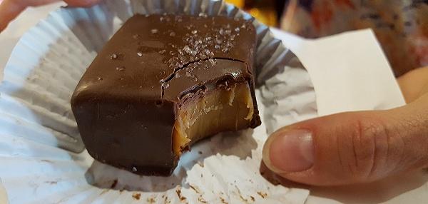 Karamell Kuche Dark Chocolate Caramel With Sea Salt Review